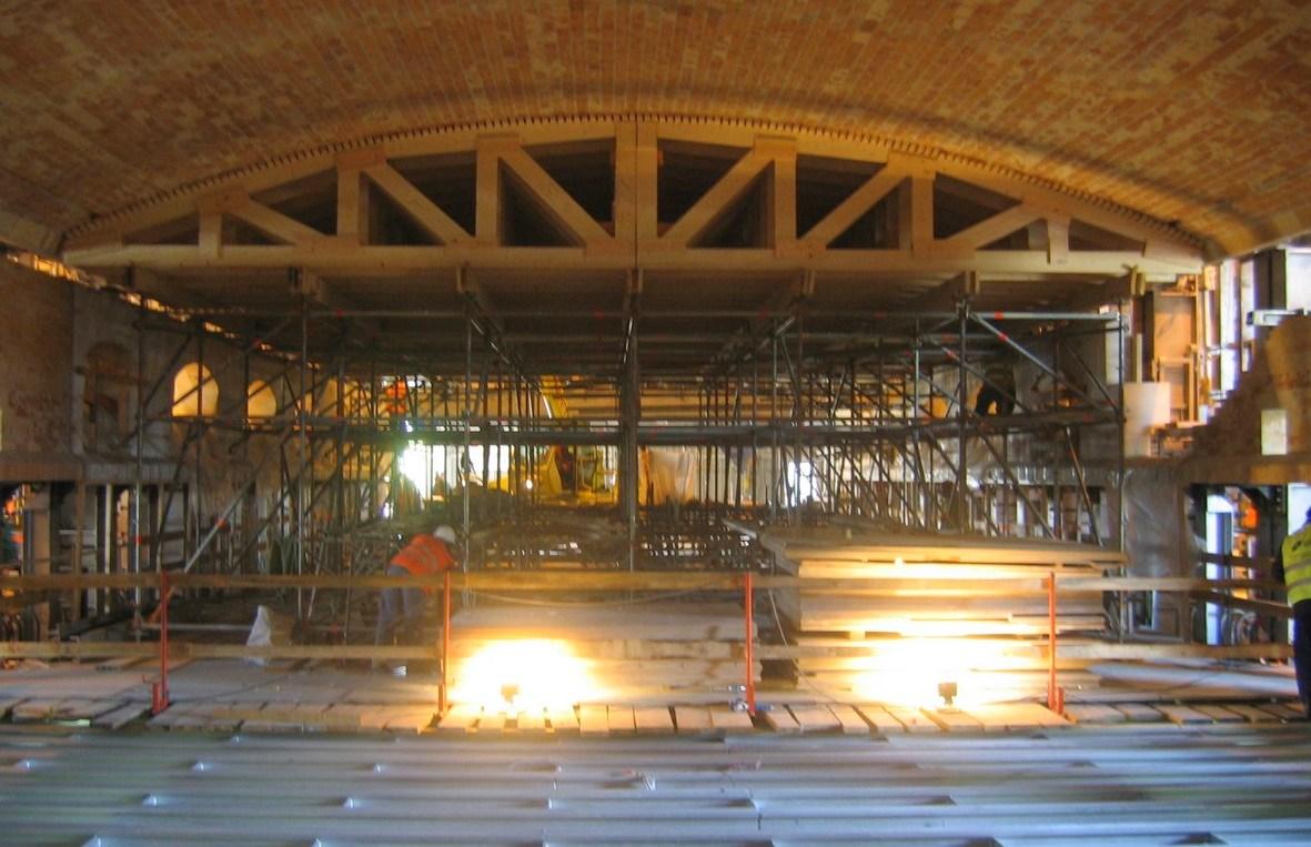 Estrutura para fornos de Vidro (1)